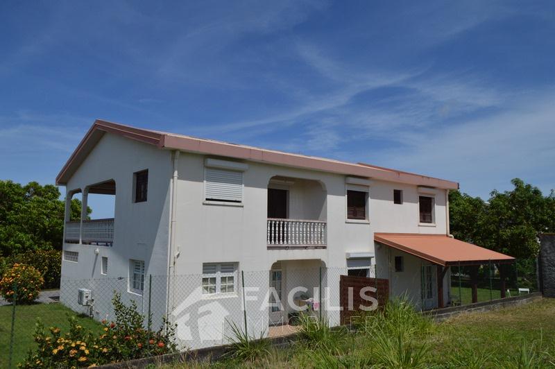 Annonce vente maison saint pierre 97250 200 m 420 for Maison saint pierre rodez