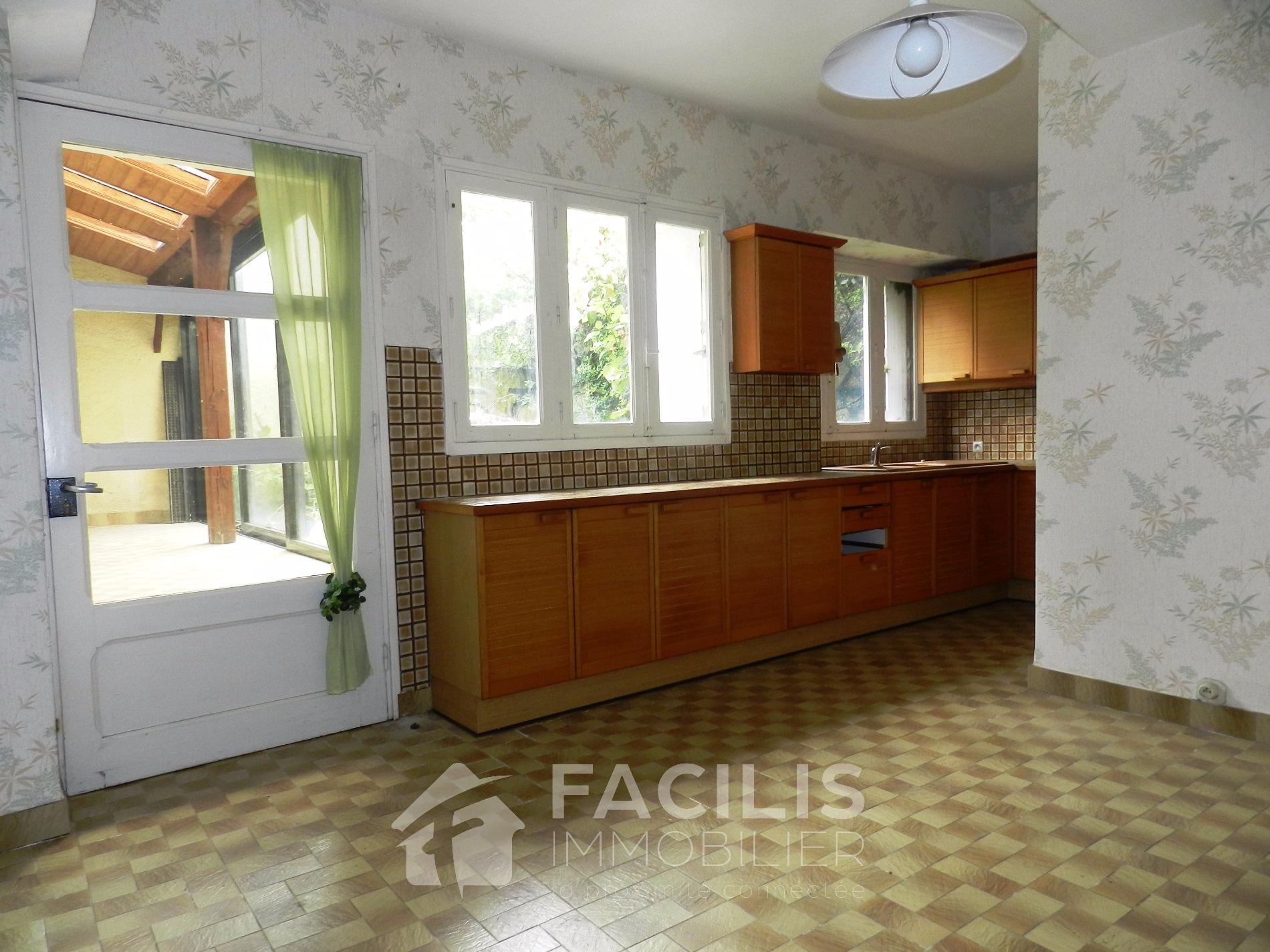 Annonce vente maison thouars 79100 95 m 39 000 for Achat premiere maison impot